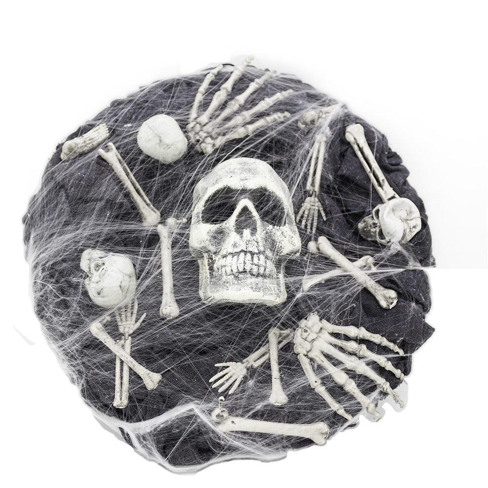Picture of Skull & Bones Black Wreath